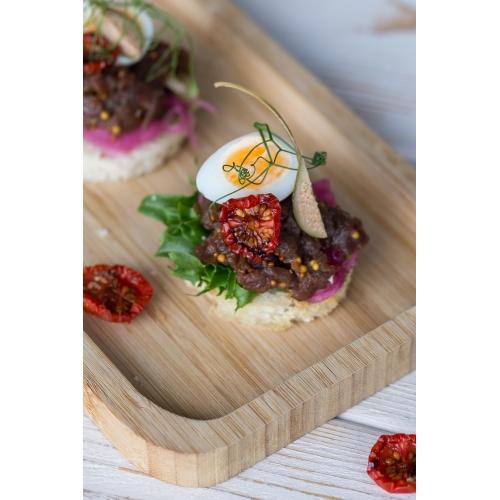 Hirve tar tar vuti muna ja kappariga (1 tk/ 40 gr)