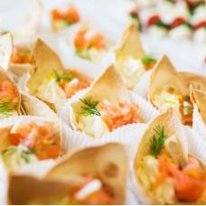 Tortillakorvike täidetud soolalõhe ja toorjuustukreemiga (tk)