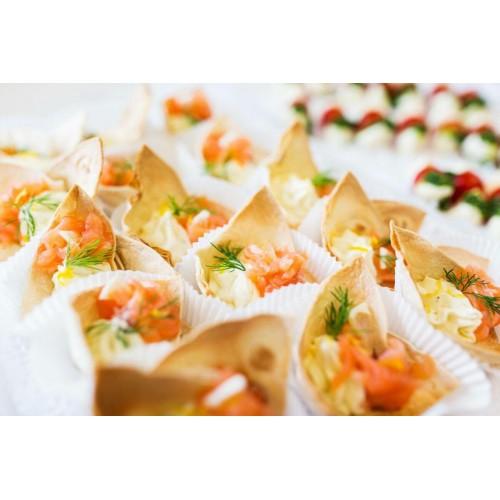Tortillakorvike soolalõhe ja toorjuustukreemiga (1tk/60gr)