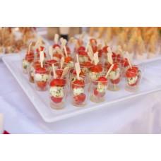 Mozzarella cherry tomatiga ja koduse pestoga(tk)