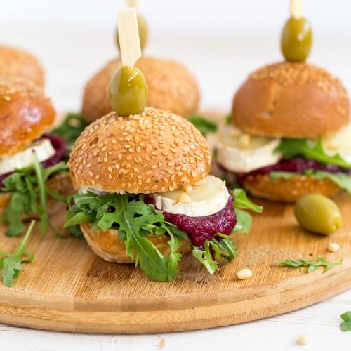Kitsejuustu peedi pesto mini burger (1tk/100 gr)
